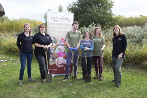 Earthworm Watch team members at the London Wetland Centre event. Photo credit: Earthwatch Institute / John Hunt
